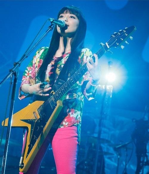 2013-miwa-live-at-Budokan_500_2