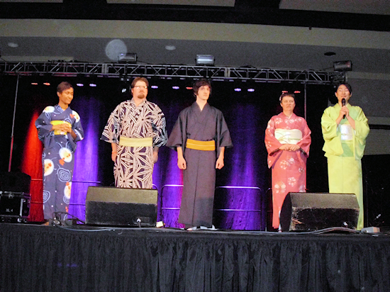 Five kimono wearers in perfect WA with each other.